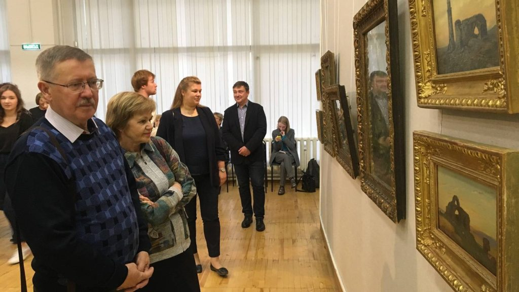 В столице Поморья открыли уникальную выставку работ Ивана Шишкина