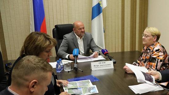 Напрямую губернатору: Игорь Орлов провел личный прием граждан