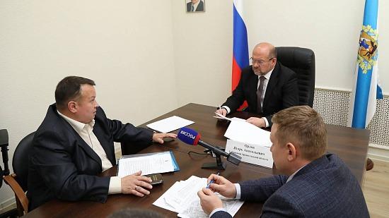 Прием граждан: Игорь Орлов обсудил с жителями Архангельска вопросы безопасности