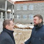 Денис Гладышев оценил ход строительства соцобъектов в районах Архангельской области