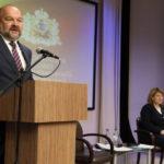О дорогах, жилье, здравоохранении и других направлениях развития спросили губернатора руководители муниципалитетов Поморья