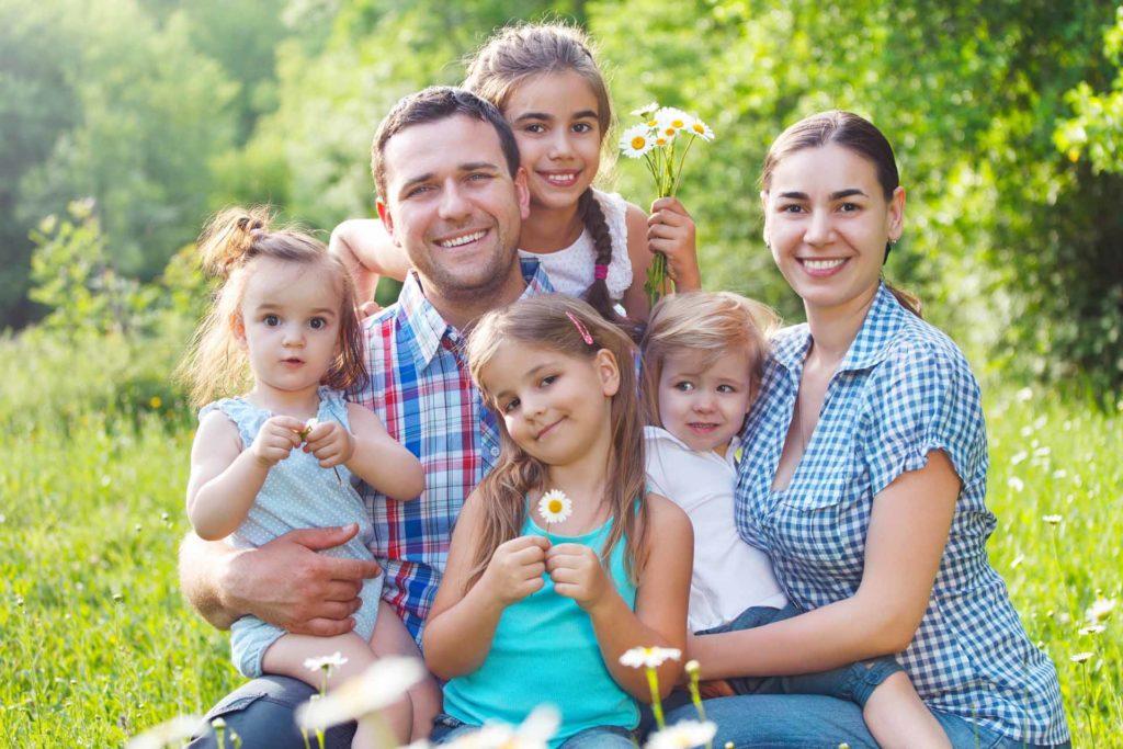 В АРХАНГЕЛЬСКОЙ ОБЛАСТИ СЕМЬИ НАЧАЛИ ПОЛУЧАТЬ ВЫПЛАТЫ НА ДЕТЕЙ В ВОЗРАСТЕ ОТ 3 ДО 7 ЛЕТ