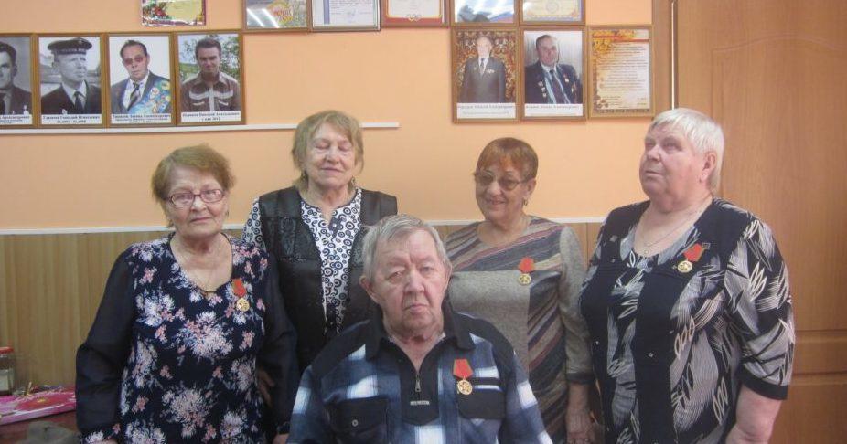 У них и детства не было отдельно,  а были вместе — детство и война. В Виноградовском районе продолжается вручение юбилейных медалей ветеранам