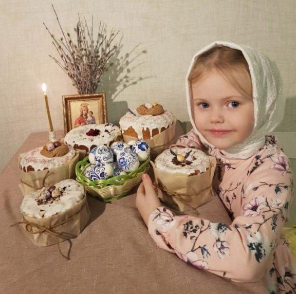 С Праздником Светлой Пасхи, жители Виноградовского района! Христос Воскресе!