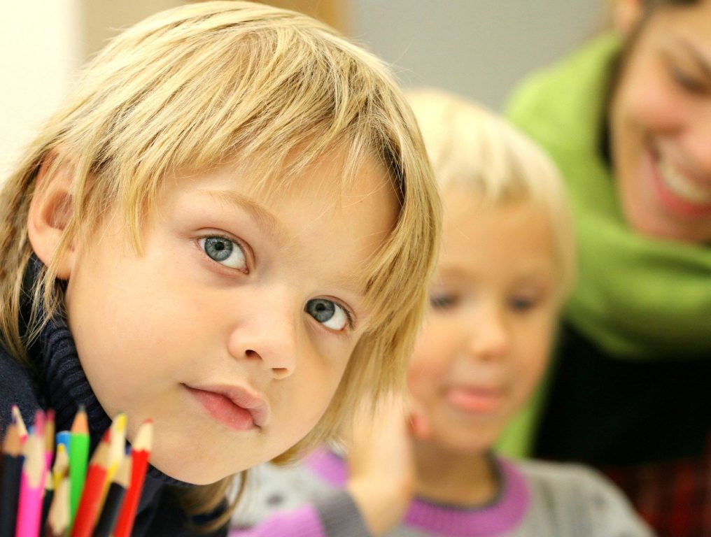 Новый порядок приема детей в первый класс будет проходить в два этапа