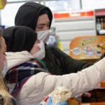 В Архангельской области заработала региональная горячая линия волонтерской акции #МЫВМЕСТЕ