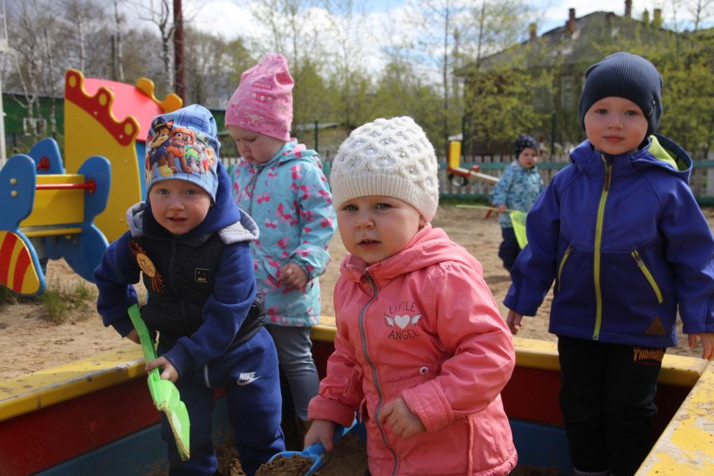 Где есть дети, там всегда счастье в воздухе витает. Детские сады Виноградовского района ожили