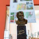 В Архангельске устанавливают памятник Федору Абрамову