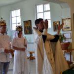 Таинство венчания состоялось в храме святого праведного Иоанна Кронштадтского в поселке Березник Виноградовского района