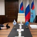 Александр Цыбульский обсудил возможность дополнительного финансирования строительства и ремонта дорог с главой Росавтодора