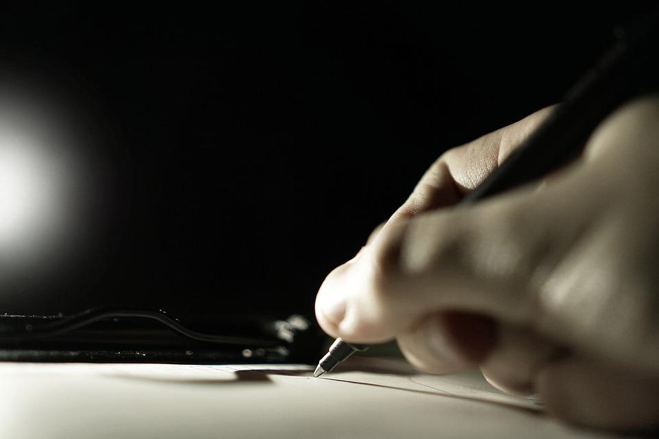 Граждан России обеспечат трехмесячными квалифицированными электронными подписями