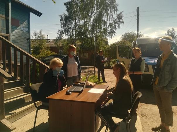 Встречи с гражданами в рамках работы передвижной приемной правительства области прошли в Виноградовском районе