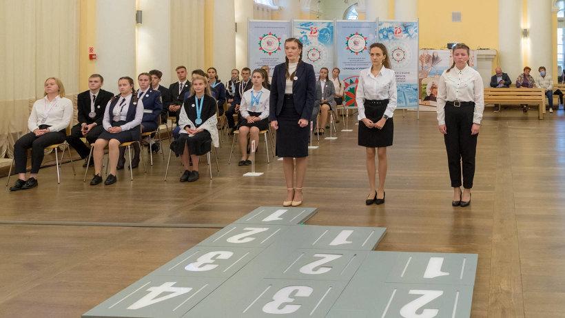 В столице Поморья завершились финальные игры VI сезона гуманитарной олимпиады «Наследники Ломоносова»