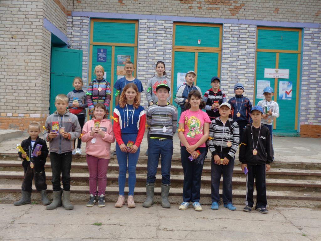 Эстафета «Чемпионы лета» проведена накануне Дня знаний в деревне Борок Виноградовского района