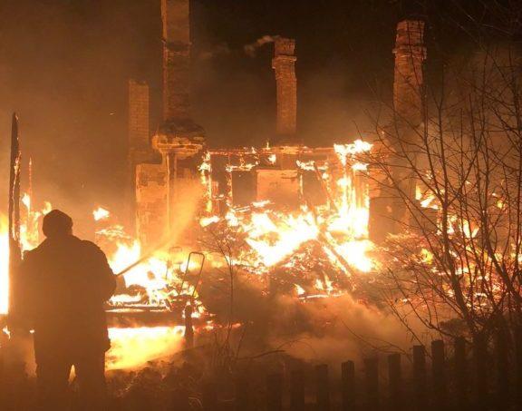 Злоупотребляла алкоголем, курила. В Виноградовском районе при пожаре погибла женщина
