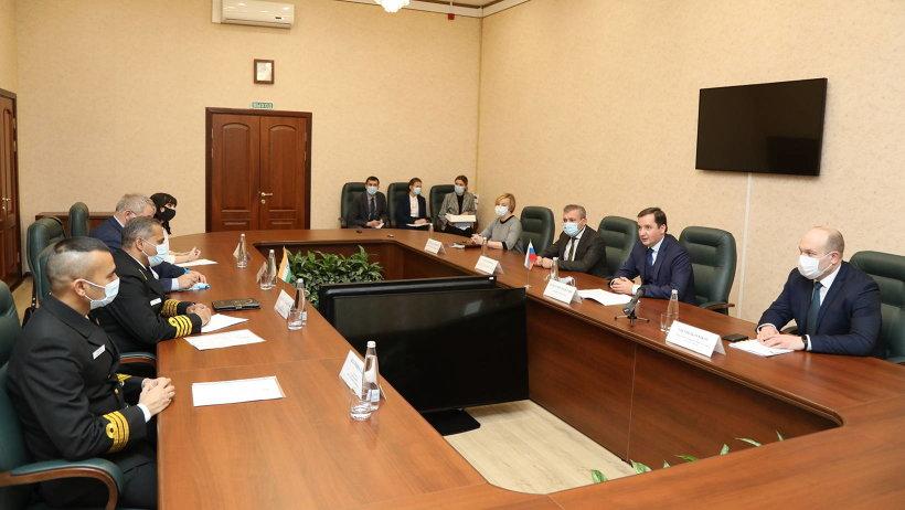 Александр Цыбульский встретился с представителем Военно-морских сил Республики Индия в Северодвинске