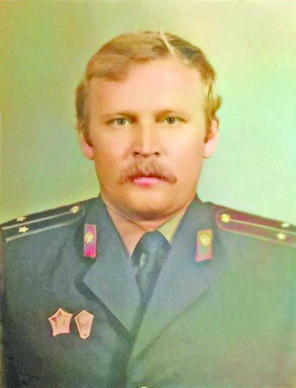 Участкового Ивана Домникова в Усть-Ваеньге уважают и помнят времена его работы