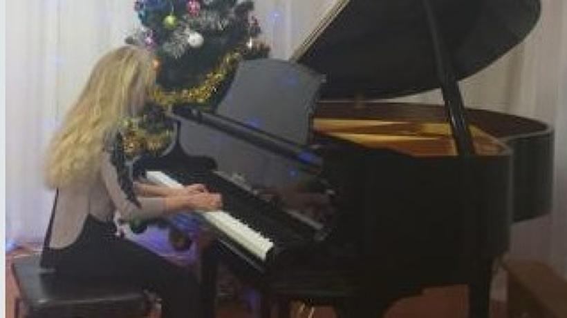 В Поморье продолжается оснащение школ искусств музыкальными инструментами