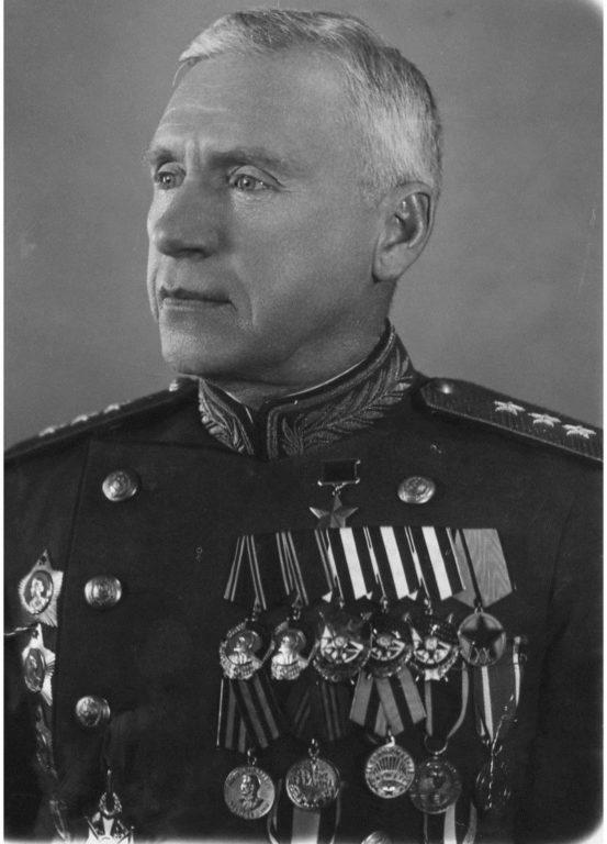 Боевой путь от рядового  до генерал-полковника