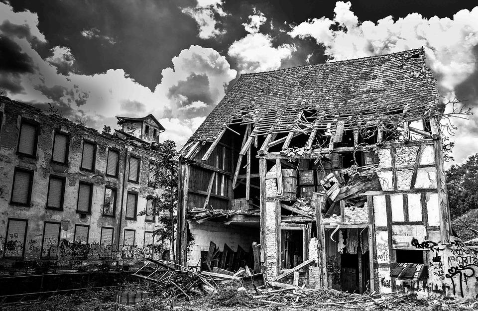 Ваш дом аварийный,  а вы собственник жилья? На что рассчитывать при переселении