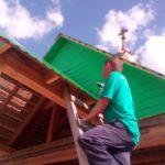 С Божьей помощью шаг за шагом: в деревне Топса Виноградовского района завершилось строительство часовни в честь Варлаама Важского
