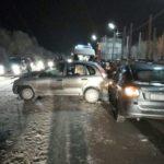 Пожарно-спасательные подразделения приняли участие в ликвидации последствий ДТП в Виноградовском районе