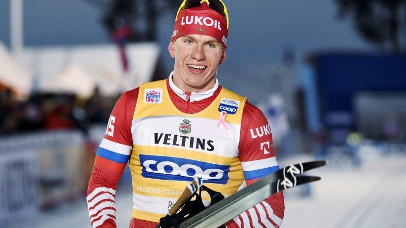 Этап Кубка мира: в скиатлоне Александр Большунов – пятый, Наталья Непряева – шестая