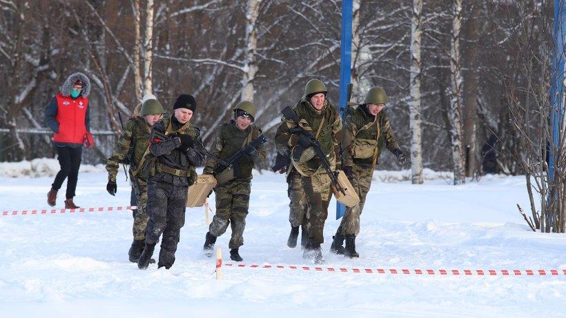 В Архангельске определен победитель муниципального этапа эстафеты «Внуки Маргелова»