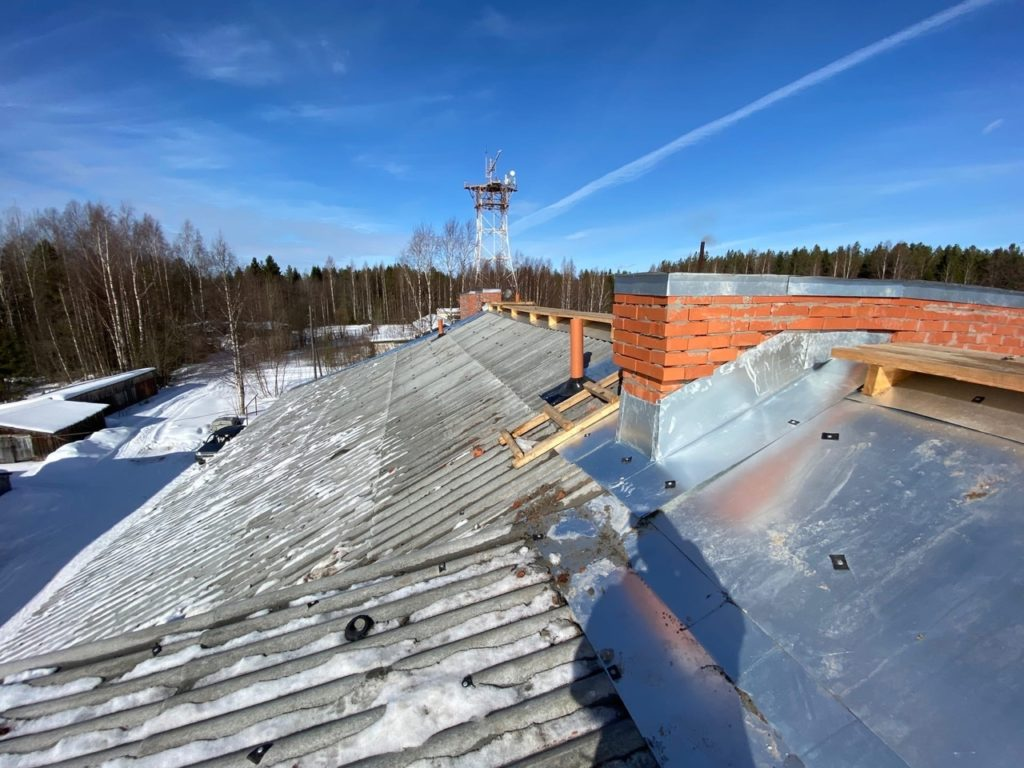 Капремонт в Виноградовском районе: отремонтирована крыша в микрорайоне Телевышка, 1