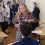 В штатном режиме: более шести тысяч выпускников школ Поморья написали итоговое сочинение