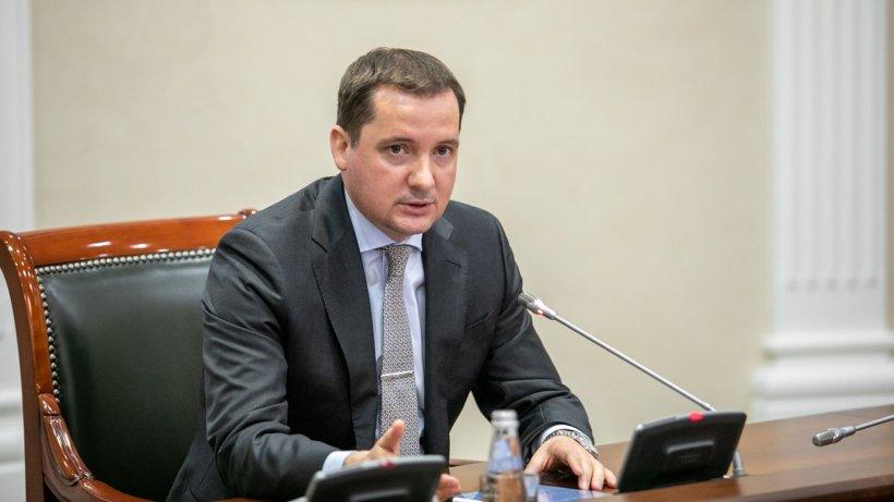 Александр Цыбульский призвал членов правительства Архангельской области лично контролировать строительство объектов на селе