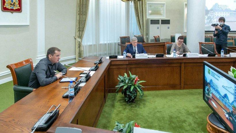 Александр Цыбульский в субботу провел личный прием жителей Поморья