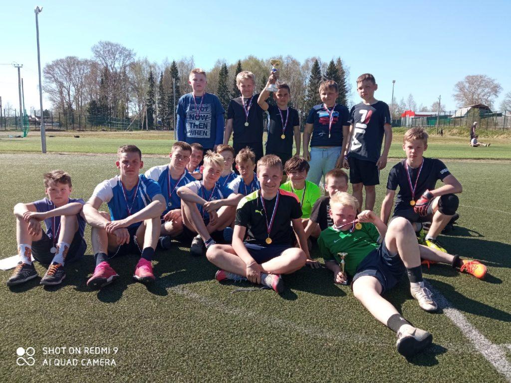 В Березнике прошли соревнования по мини-футболу в рамках спартакиады общеобразовательных учреждений Виноградовского района