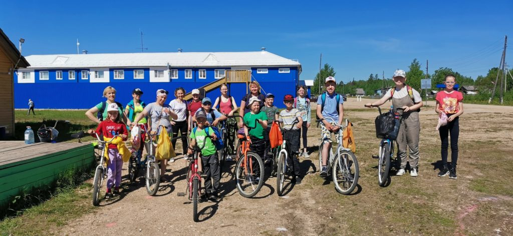 В «Экологический поход» отправились жители поселка Сельменьга Виноградовского района