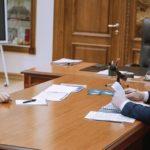 Губернатор Александр Цыбульский провел рабочую встречу с председателем областного правительства Алексеем Алсуфьевым