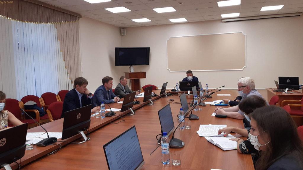 Пути решения актуальных вопросов особоохраняемых природных территорий обсудили в правительстве области