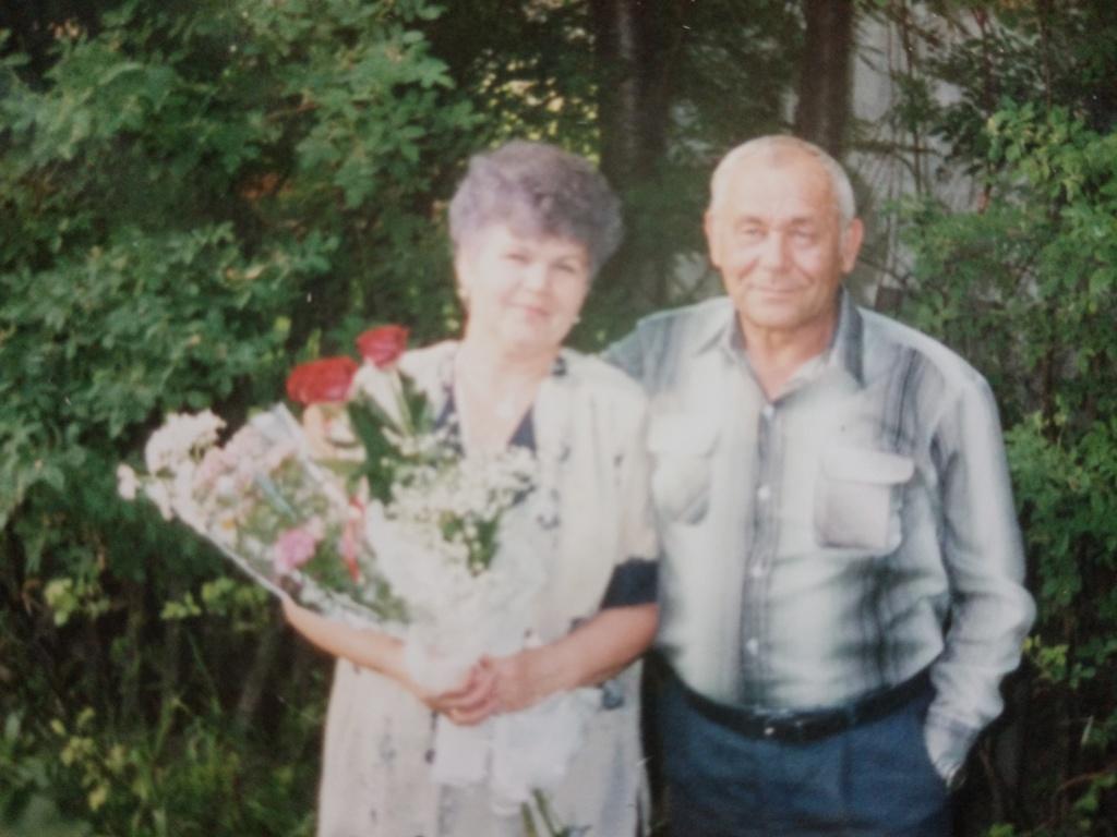 В Виноградовском районе поздравили с Золотой свадьбой супругов Казаниных