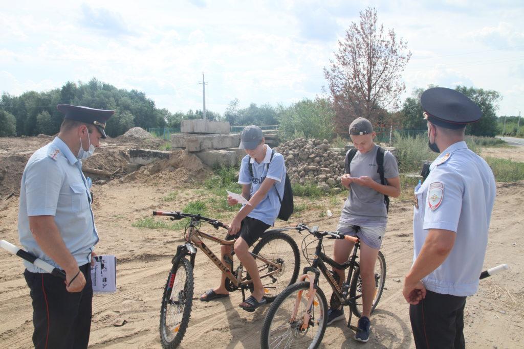 В Виноградовском районе прошла акция #ЯСоблюдаюПДД