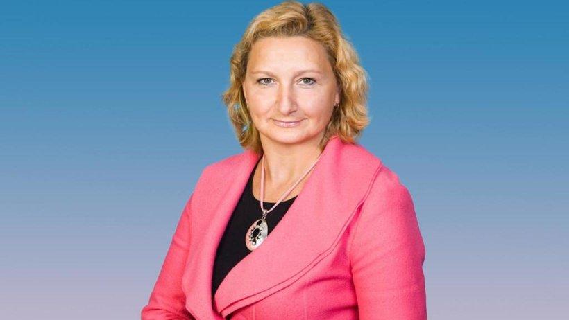 Валентина Вохминова: «Очень важно сохранить очный формат работы школ»