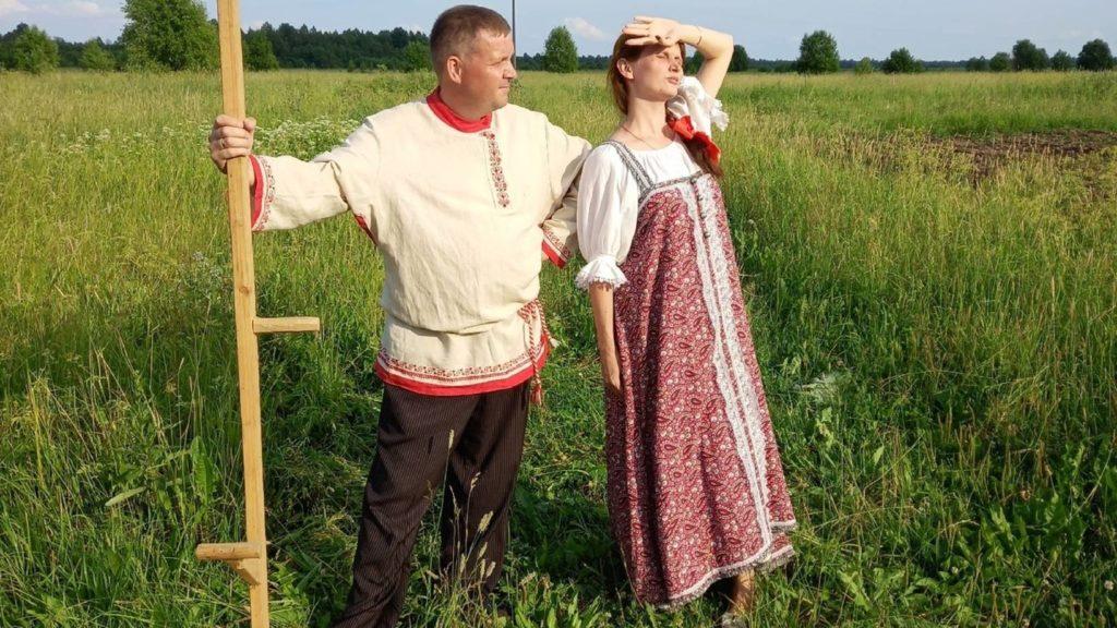 Северян приглашают к участию областном фотоконкурсе «Семья в северном народном костюме»
