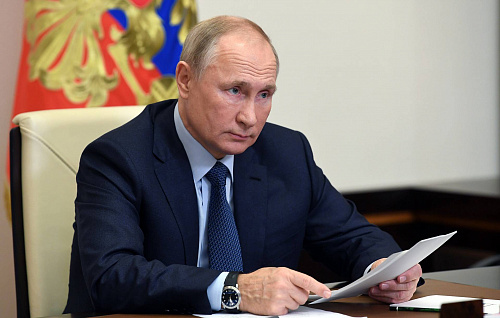 Президент России Владимир Путин держит ситуацию с коронавирусом на ежедневном контроле