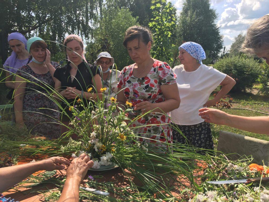 Изучали флористику и жизнь Александра Невского