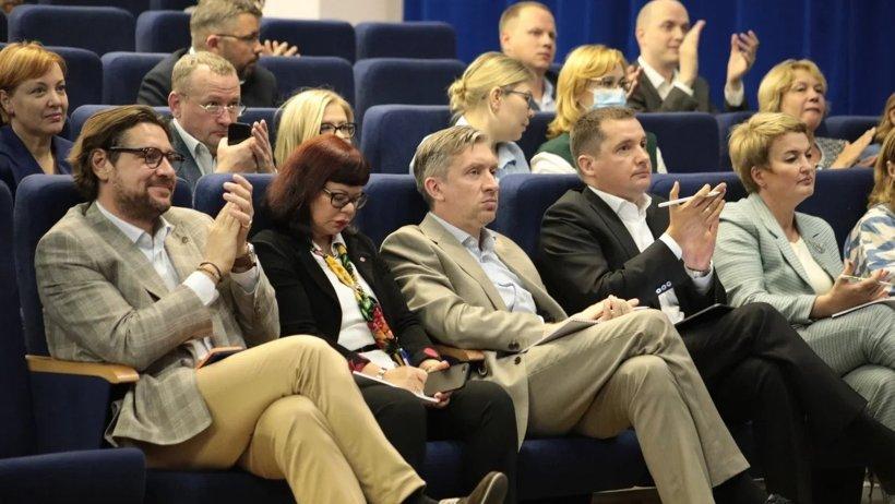 Реализация инвестиционного проекта АЦБК создаст основу для межрегионального сотрудничества