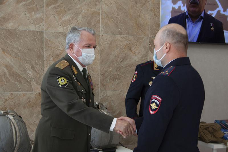Медалью «90 лет Воздушно-десантным войскам» награжден руководитель ВПК «Гвардеец» Виноградовского района Руслан Панин
